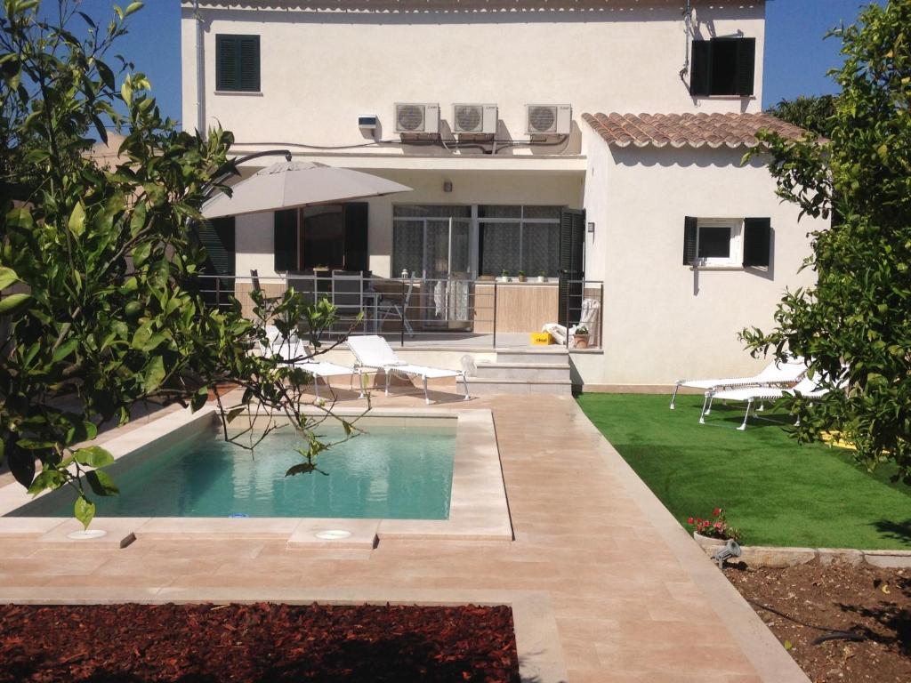 The swimming pool at or near Pou de S'Alou