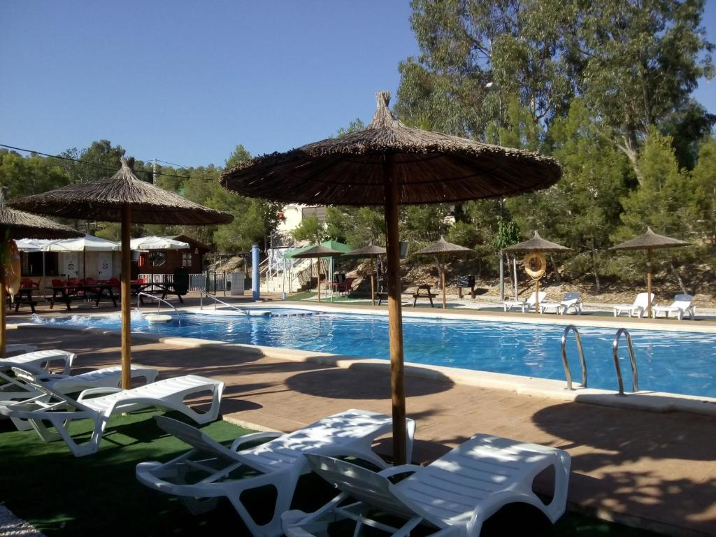 The swimming pool at or close to Camping la Pedrera