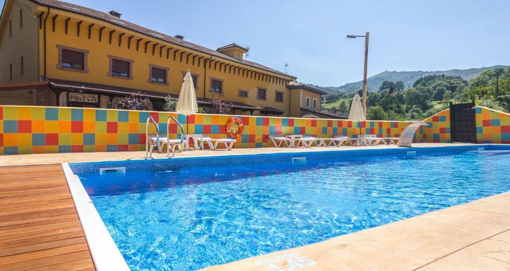 Piscina en o cerca de Hotel El Angliru