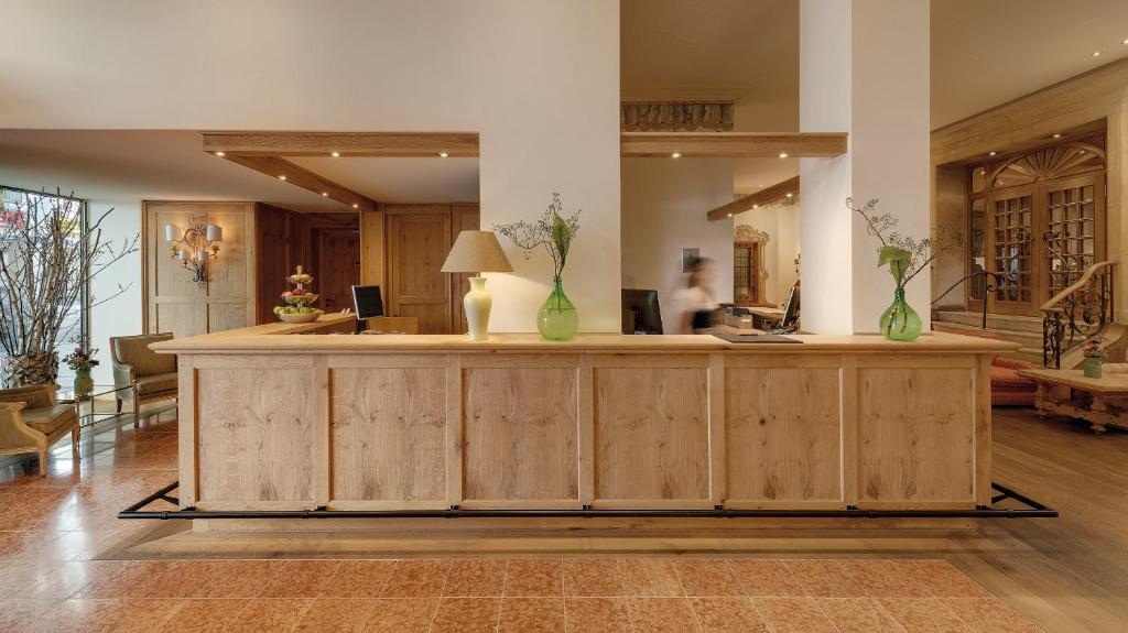 The lobby or reception area at Excelsior by Geisel