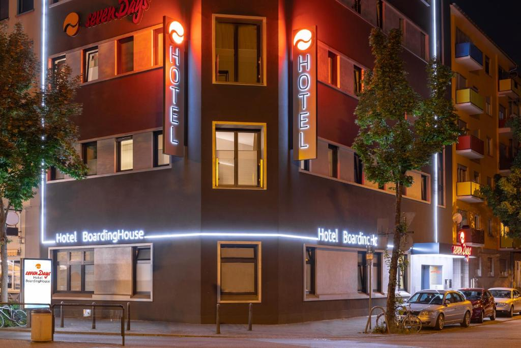 Mannheim district red light Manheim, PA