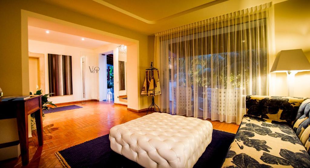 Forte Village Resort - Hotel Bouganville - Laterooms
