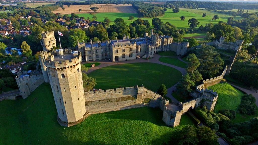 Warwick Castle Knight's Village، وارويك – أحدث أسعار 2021