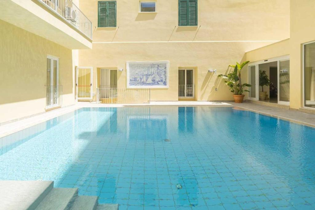 The swimming pool at or close to Casthotels Bristol Terme