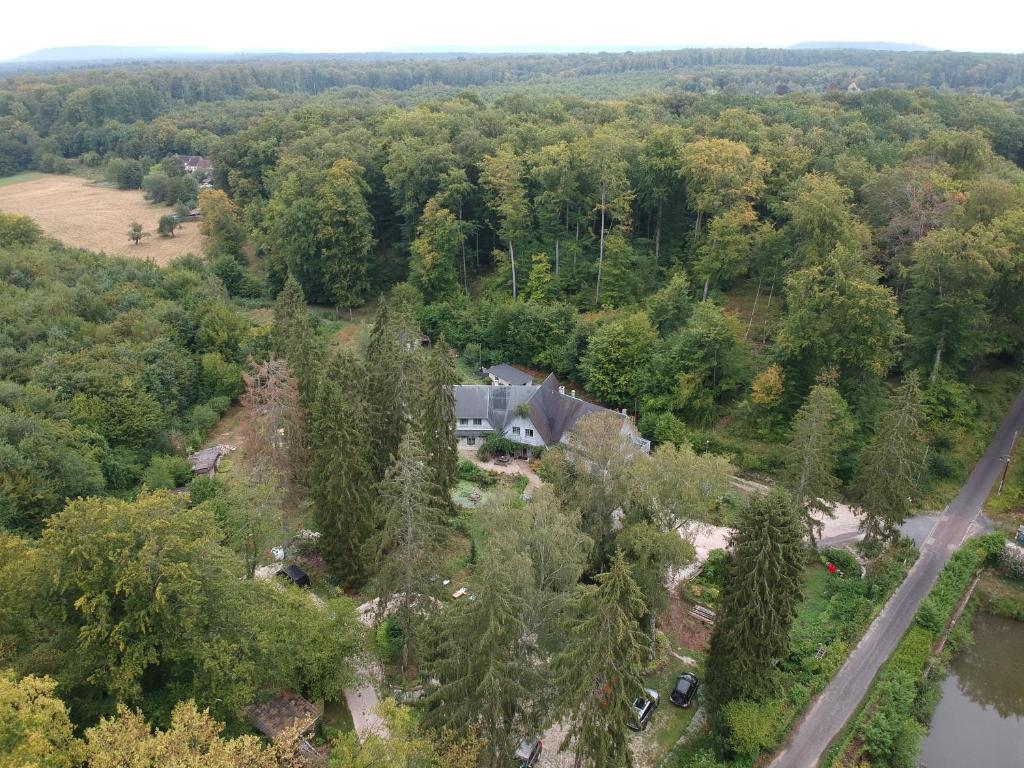 A bird's-eye view of Le jardin de Saint Jean