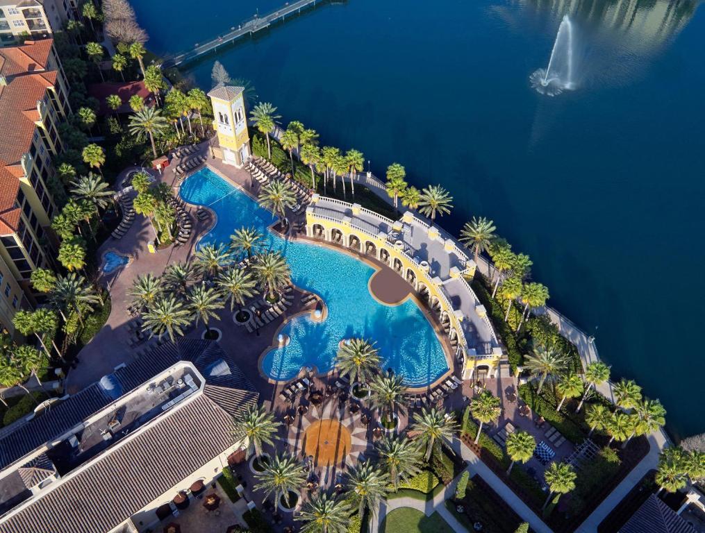A bird's-eye view of Hilton Grand Vacations at Tuscany Village