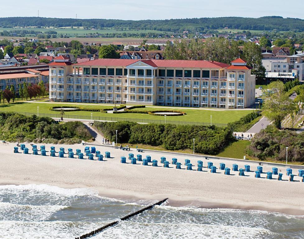 Blick auf Morada Strandhotel Ostseebad Kühlungsborn aus der Vogelperspektive