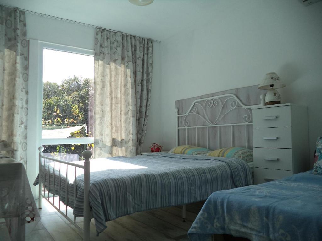 Легло или легла в стая в Вила Синьо Лято