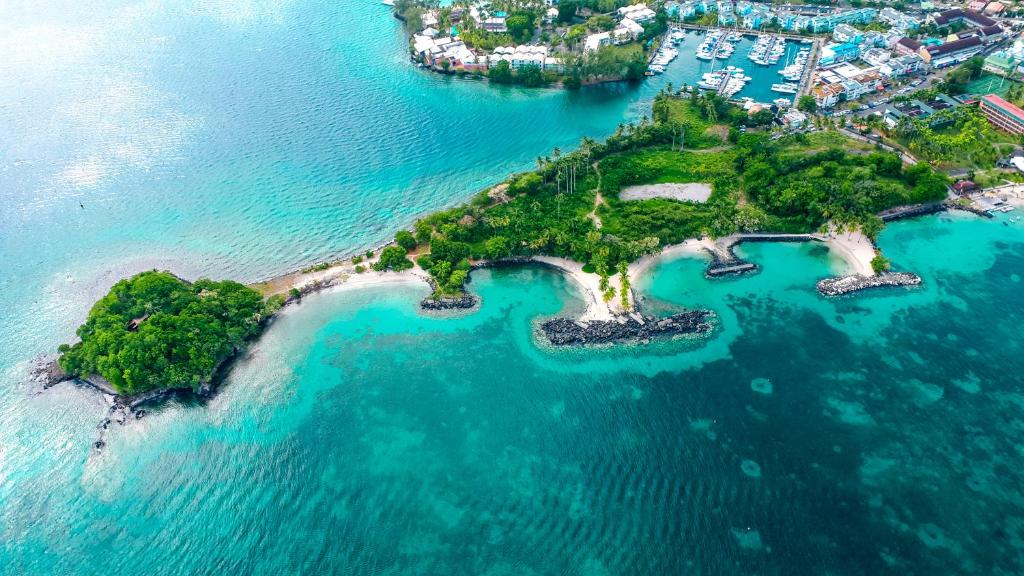 Vue panoramique sur l'établissement Village Creole