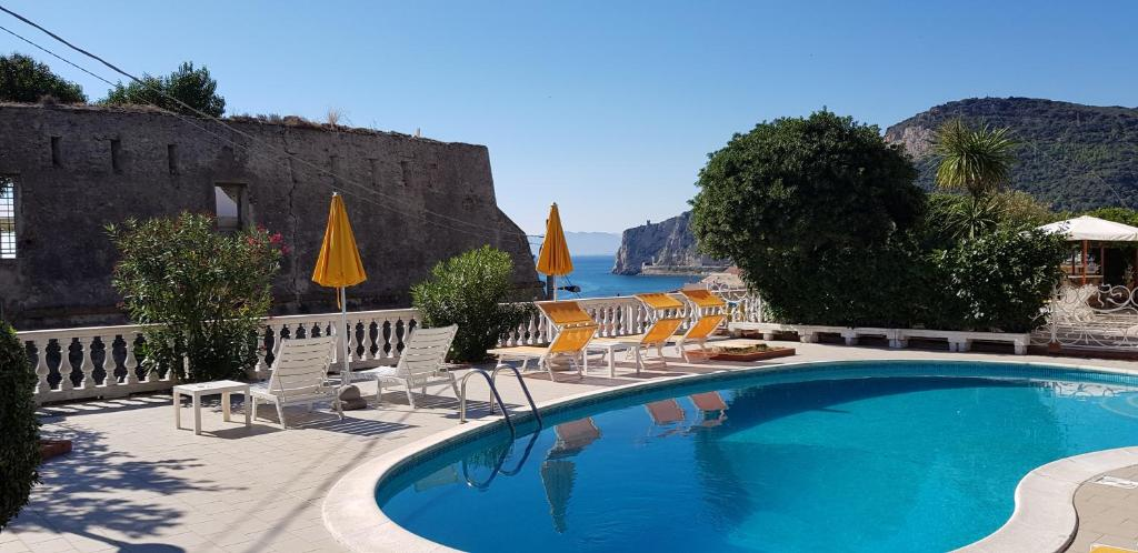 The swimming pool at or near Park Hotel Castello