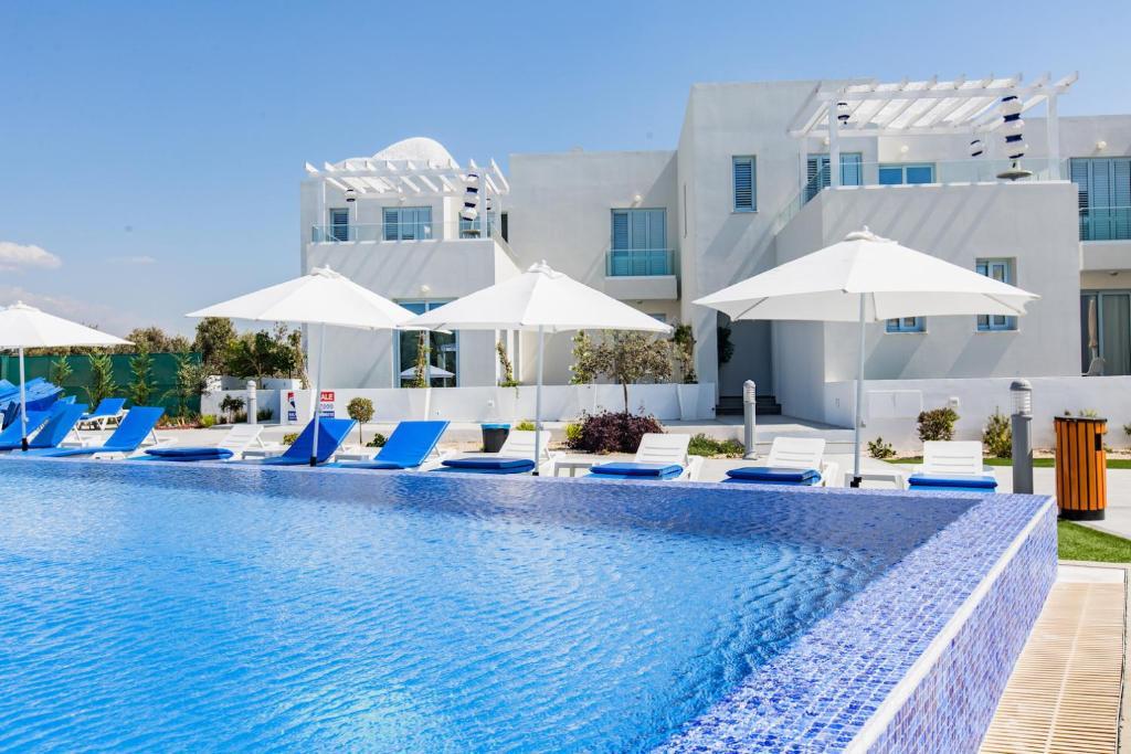 The swimming pool at or near Blue Diamond Beach Villas