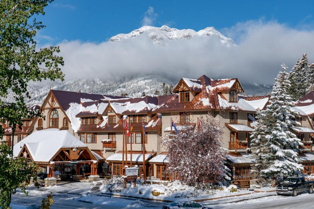 Banff Caribou Lodge and Spa during the winter