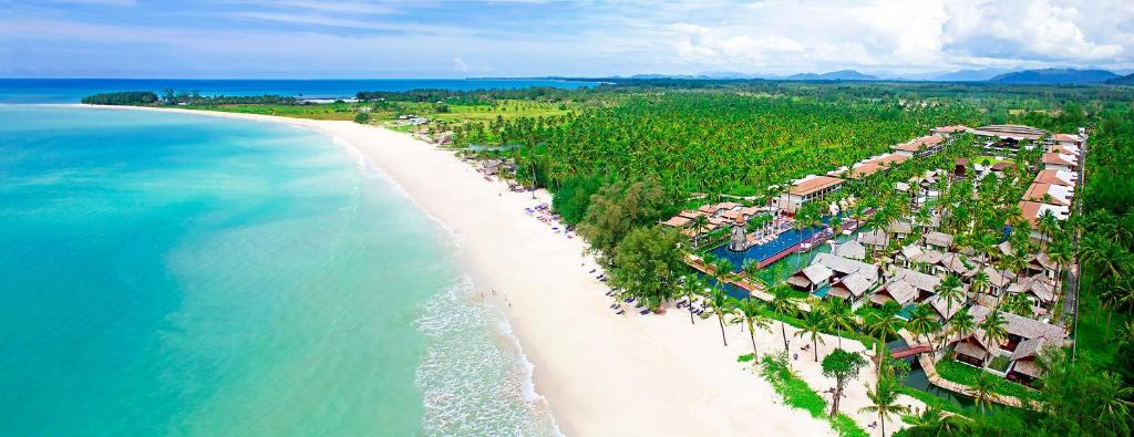 Vaade majutusasutusele Graceland Khaolak Beach Resort linnulennult