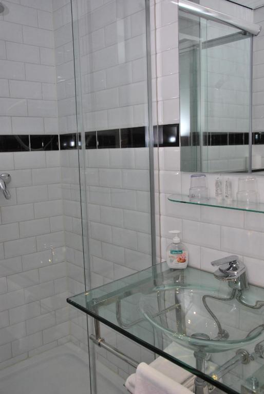 Een badkamer bij Hotel Keistad