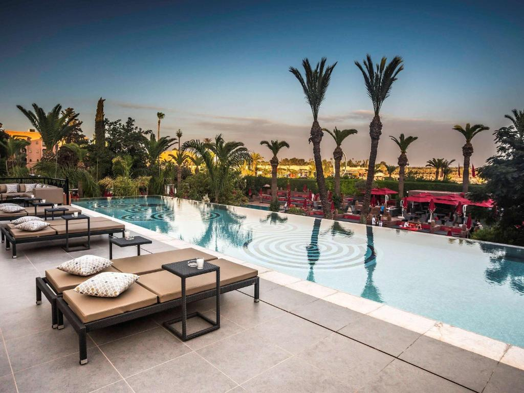 The swimming pool at or close to Sofitel Marrakech Lounge and Spa