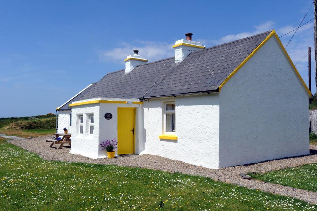 Yellow Cottage, Doolin
