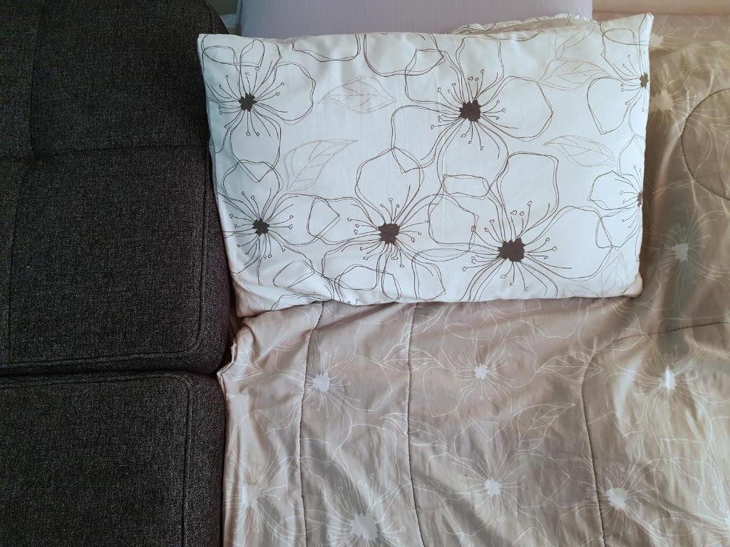 A bed or beds in a room at Comfort Zone