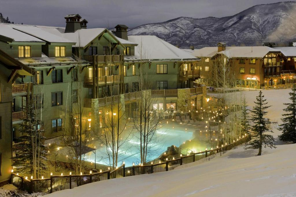 A view of the pool at Ritz Carlton, Aspen Highlands or nearby
