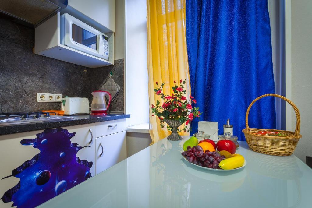 Кухня или мини-кухня в Two Sisters на Фонтанке
