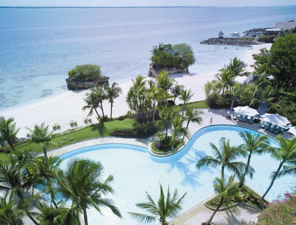 A view of the pool at Shangri-La Mactan, Cebu - Multiple Use Hotel or nearby