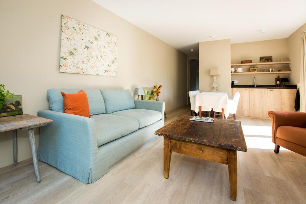 A seating area at Park Appartement