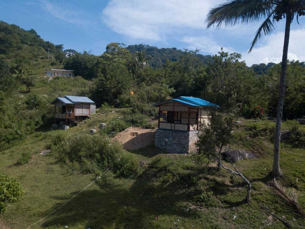 Een luchtfoto van Kelimutu Viewbungalows