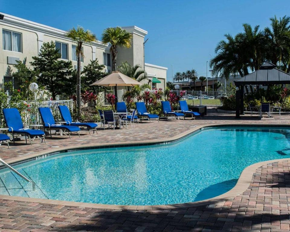 The swimming pool at or near Quality Inn & Suites Near Fairgrounds & Ybor City