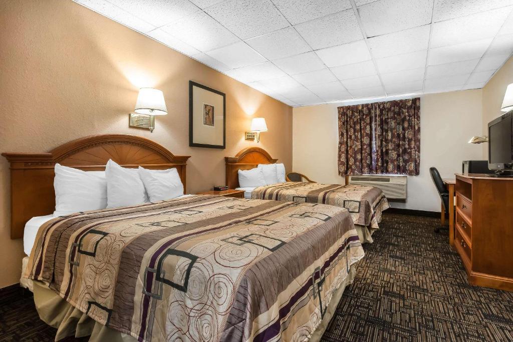 A room at the Quality Inn & Suites Binghamton Vestal.