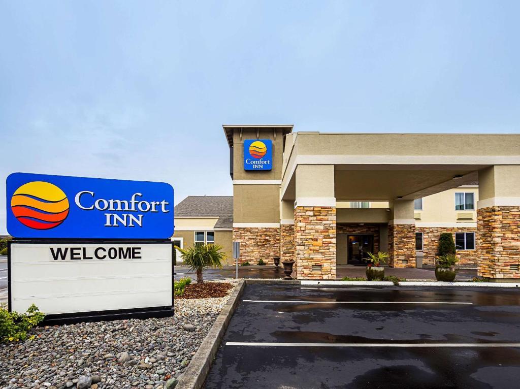 The Comfort Inn Arcata.