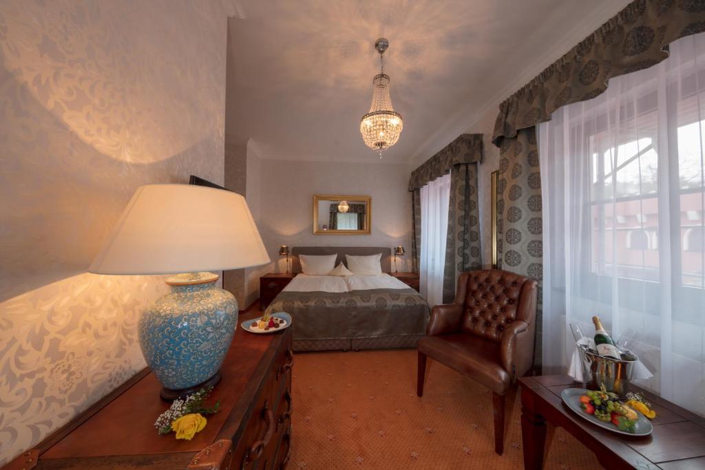 Гостиная зона в The Lakeside - Burghotel zu Strausberg