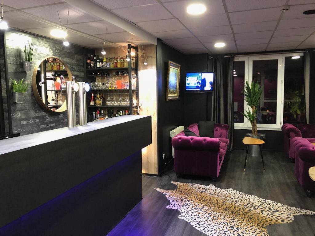 The lounge or bar area at Hotel Restaurant Baryton