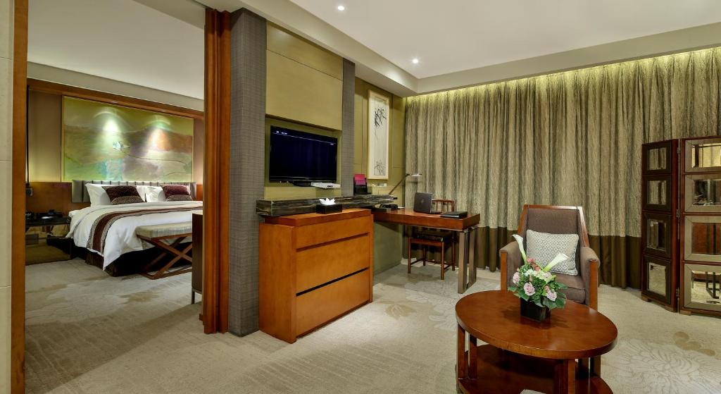 A room at the Chengdu Airport Hotel.