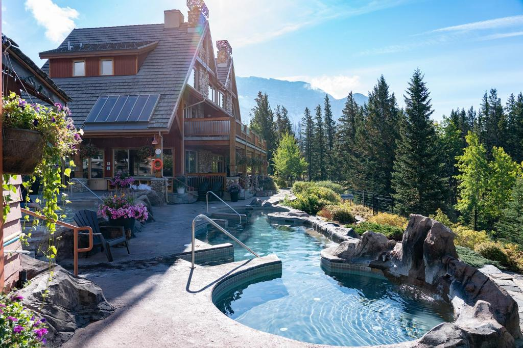The Hidden Ridge Resort during the winter