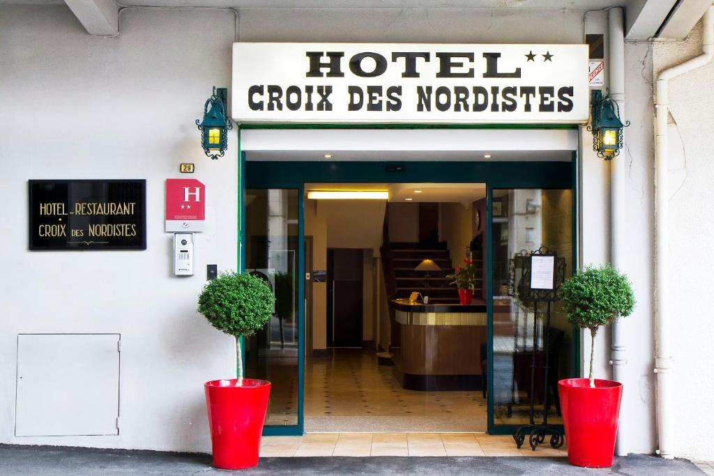 Hotel Croix des Nordistes Lourdes, France