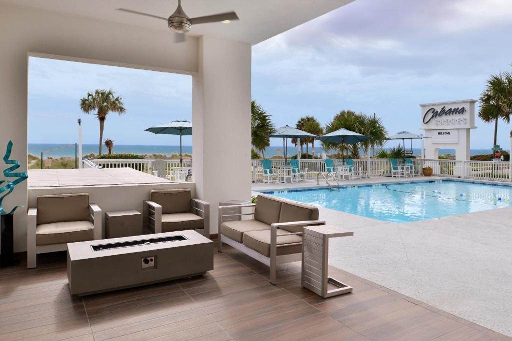 Piscina di Cabana Shores Hotel o nelle vicinanze