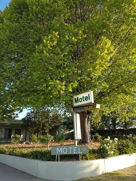 Holbrook SKYE Motel