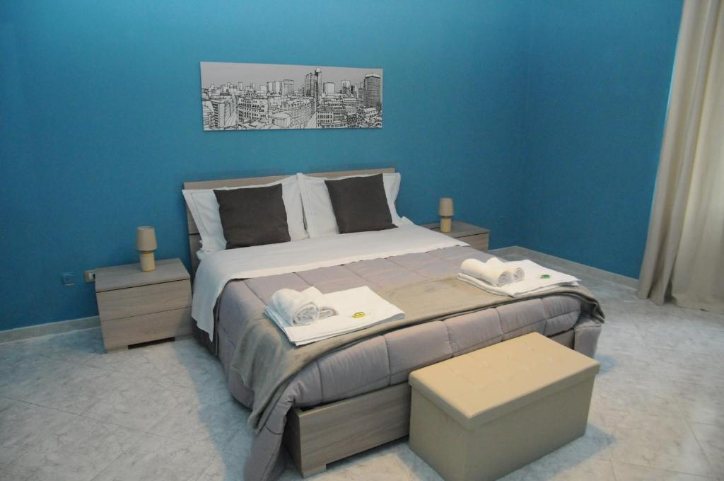 A bed or beds in a room at Same as home