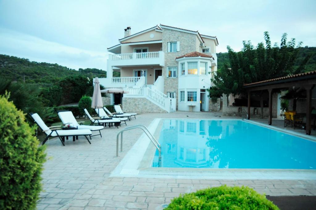 Πισίνα στο ή κοντά στο Bella Villa