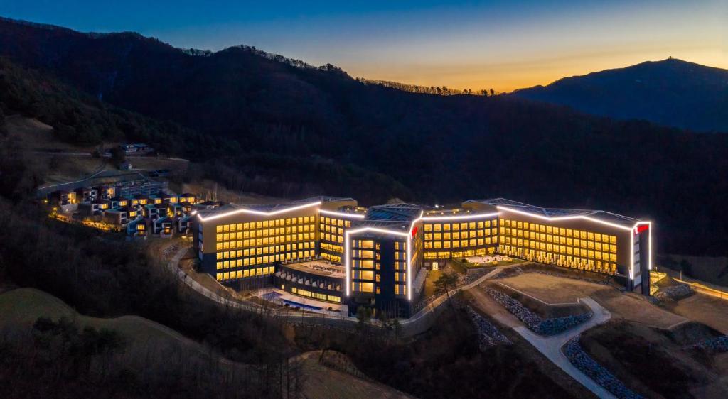 A bird's-eye view of Pyeongchang Ramada Hotel & Suite by Wyndham