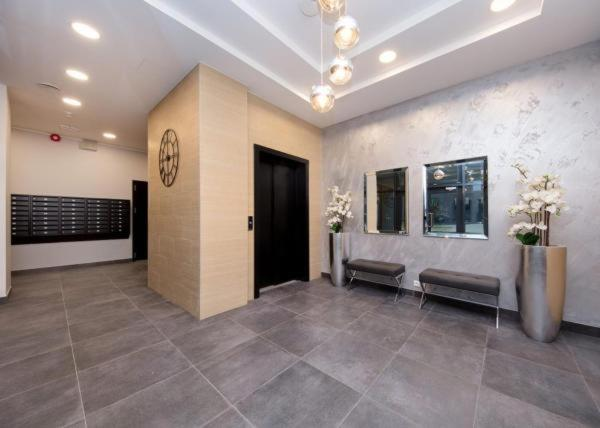 The lobby or reception area at Karlson Boutique Apart Hotel