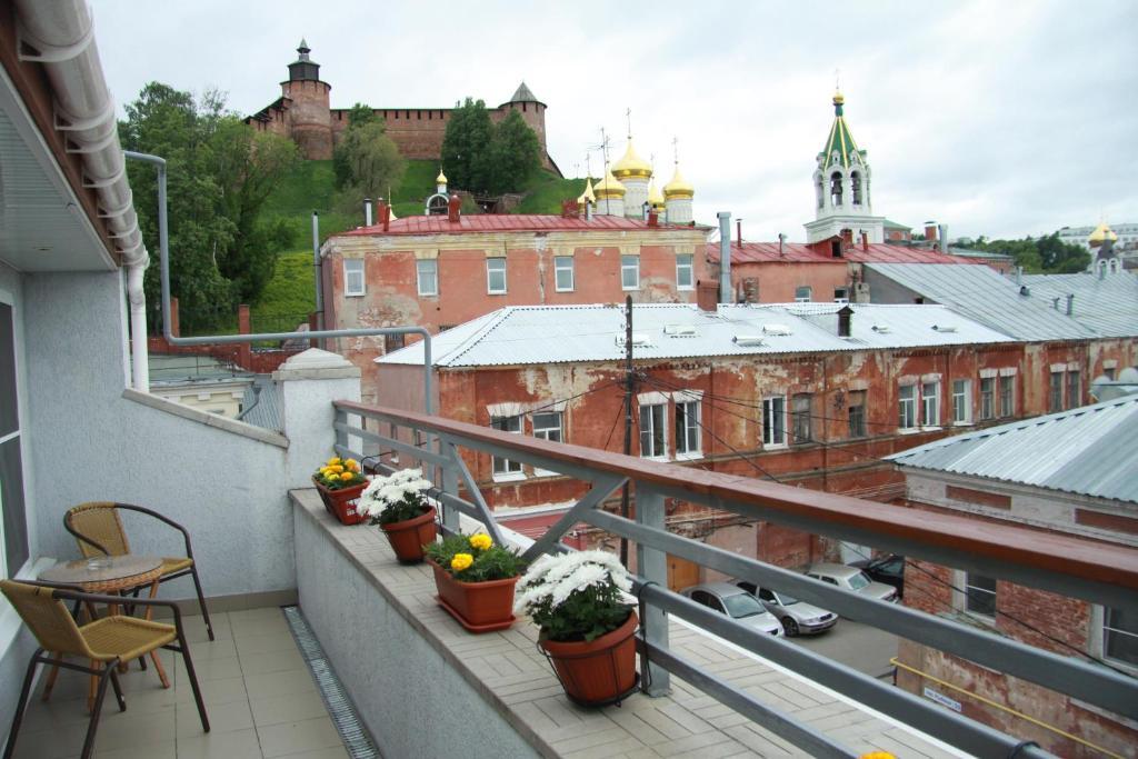 A balcony or terrace at Silver Key Hotel