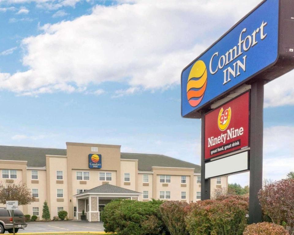 The Comfort Inn Civic Center.