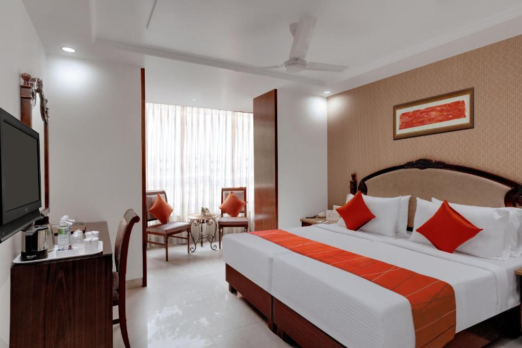 A room at the Hotel Suba Palace.