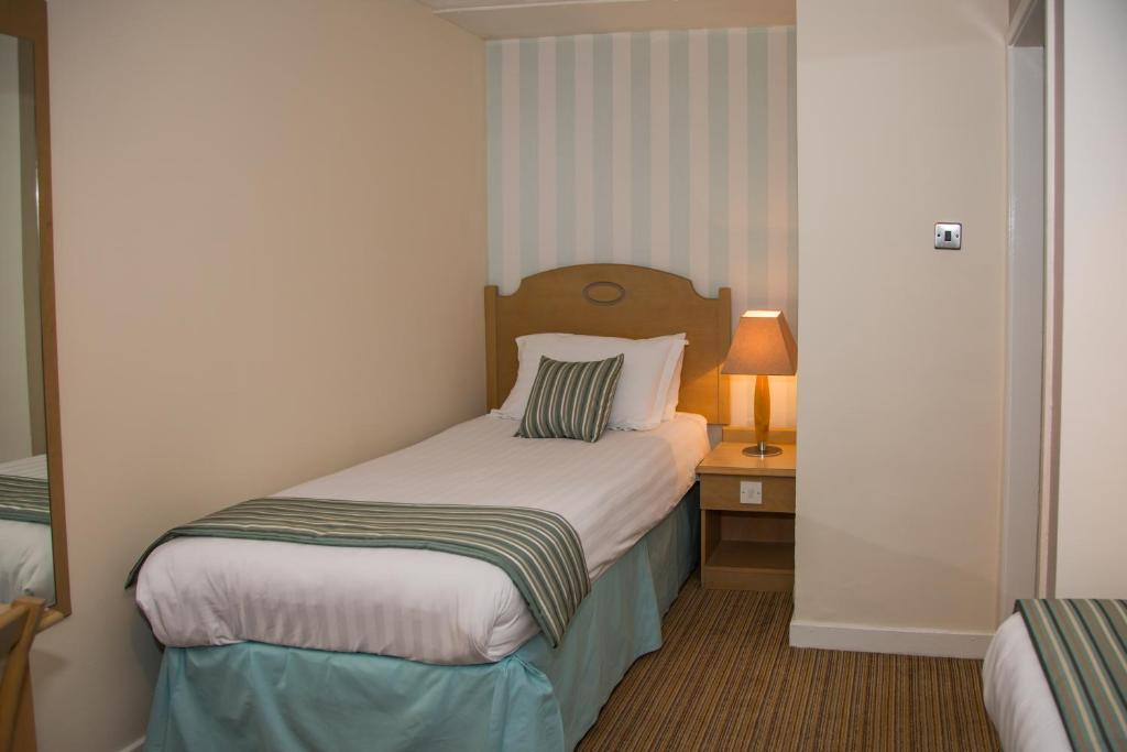 The Manor Guest House - Laterooms