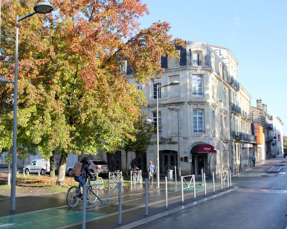 Best Western Plus Bordeaux Gare Saint-Jean Bordeaux, France
