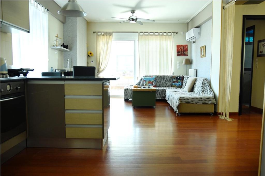 Sea view luxury apartment in Glyfada (center)
