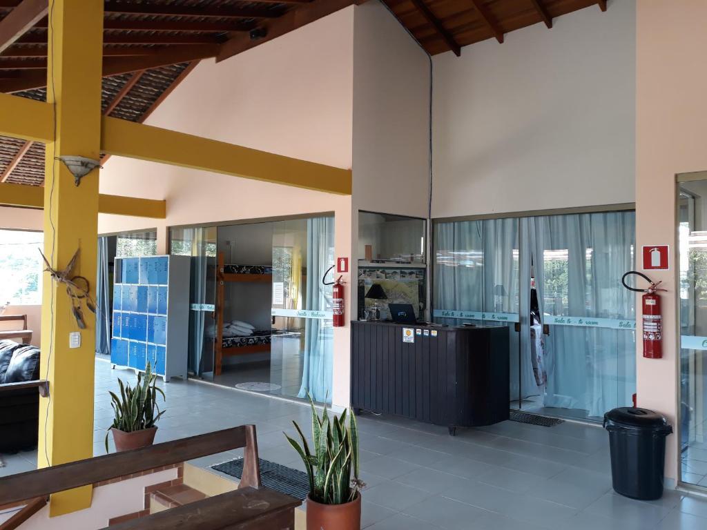 A kitchen or kitchenette at Ti Hostel Trindade