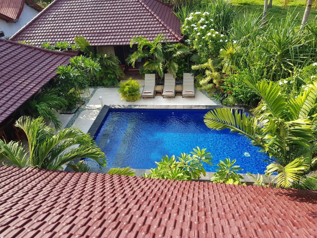A view of the pool at Senang Villa or nearby