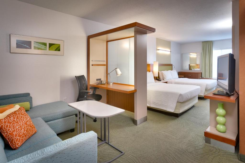 A room at the SpringHill Suites by Marriott Provo.