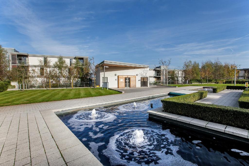 Luxury Apartments MK - Laterooms